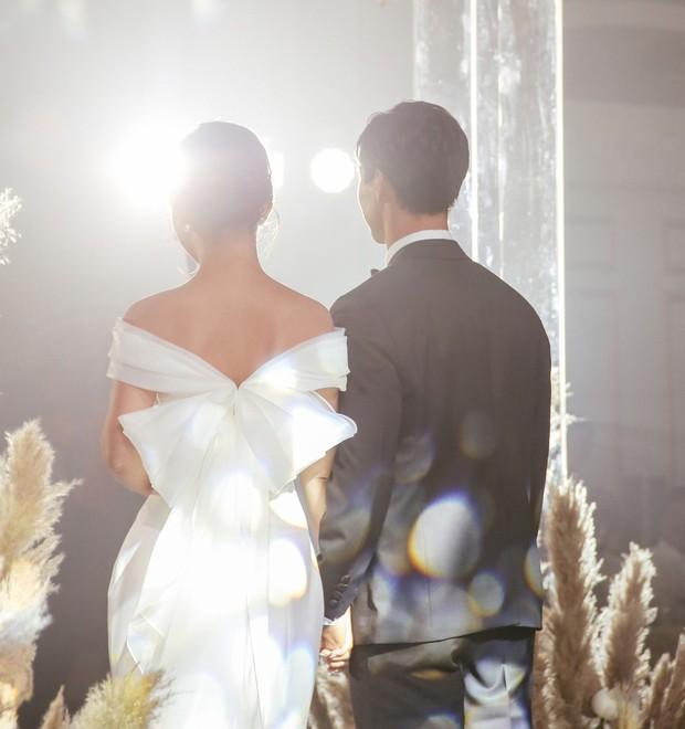 Viên Minh - cô dâu duyên dáng, hiểu chuyện và rất mực được yêu mến của Công Phượng - Ảnh 3.
