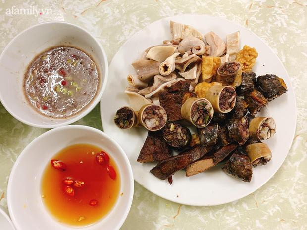 4 hàng cháo lòng ngon nức tiếng Hà Nội nhưng chưa chắc chị em đã biết, đến ăn ngay cho ấm bụng ngày đông rét đi nào! - Ảnh 12.