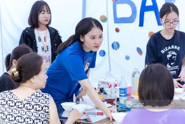 Lần đầu tiên Hà Nội xuất hiện hội chợ sở thích cho giới trẻ, đi tay không nhưng ai cũng có quà đem về - Ảnh 5.