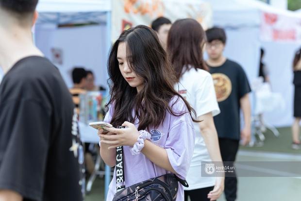 Lần đầu tiên Hà Nội xuất hiện hội chợ sở thích cho giới trẻ, đi tay không nhưng ai cũng có quà đem về - Ảnh 3.