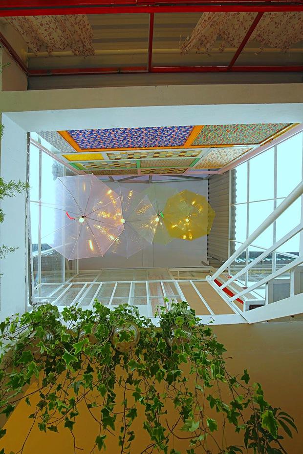 Chi 250 triệu, cô nàng biến tầng thượng thành penthouse giữa lòng Hà Nội, sáng tạo nhất là bể cá Koi - Ảnh 15.