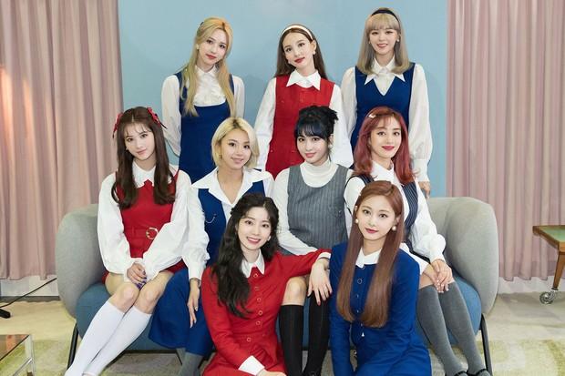 JYP nổi tiếng vì cứ lập nhóm nữ là kiểu gì cũng thành công, nhưng Knet cho rằng nhóm đàn chị của TWICE là bom xịt - Ảnh 11.