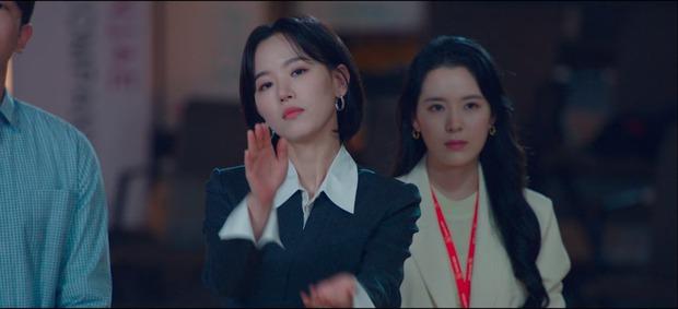 Chẳng phải hai nam thần, chị gái đành hanh Kang Han Na mới là người âm thầm quan tâm Suzy ở Start Up - Ảnh 19.