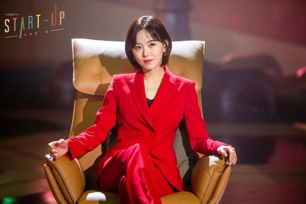Chẳng phải hai nam thần, chị gái đành hanh Kang Han Na mới là người âm thầm quan tâm Suzy ở Start Up - Ảnh 3.