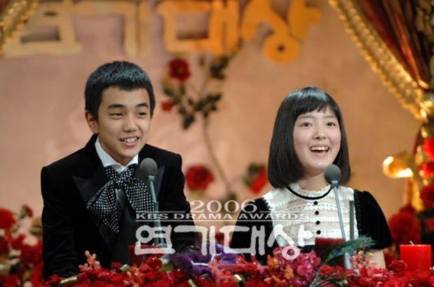 6 phim Hàn chuyển thể từ webtoon hay nức nở: Tầng Lớp Itaewon, True Beauty làm cả châu Á chia phe chính - phụ - Ảnh 10.