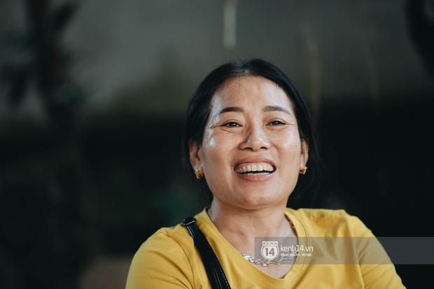 Độc quyền phỏng vấn bố mẹ Đỗ Thị Hà: Hé lộ lý do bật khóc ở đêm Chung kết, làm rõ loạt ồn ào và tình trạng yêu đương của Tân Hoa hậu - Ảnh 8.