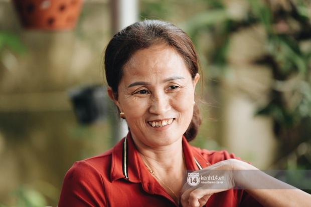Độc quyền phỏng vấn bố mẹ Đỗ Thị Hà: Hé lộ lý do bật khóc ở đêm Chung kết, làm rõ loạt ồn ào và tình trạng yêu đương của Tân Hoa hậu - Ảnh 7.