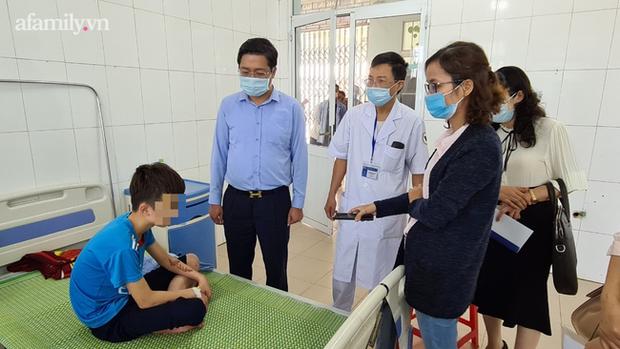 Vụ bé trai 14 tuổi bị chủ quán bánh xèo ở Bắc Ninh tra tấn: Nhà trường sẵn sàng cho cháu trở lại học - Ảnh 2.