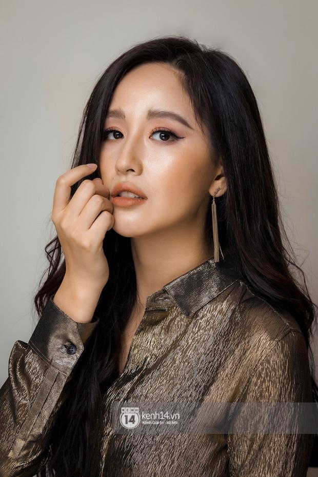 Hoa hậu Việt Nam đi học thế nào khi đương nhiệm: Người nhận bằng cử nhân xuất sắc, người phải học lại cấp 3, bí ẩn nhất là nàng hậu này - Ảnh 1.