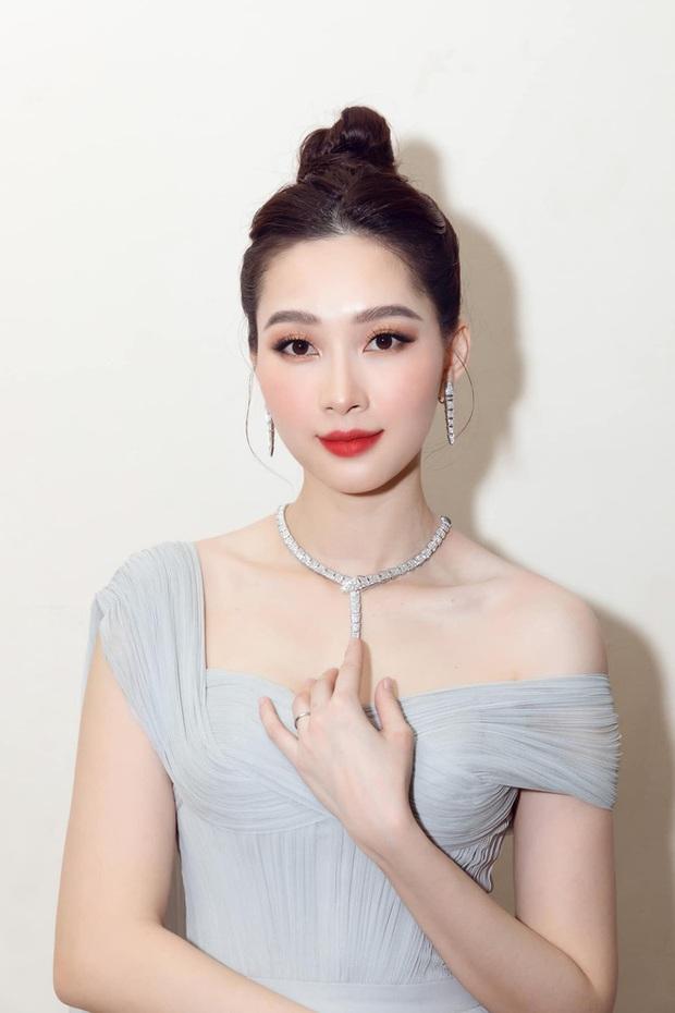 Hoa hậu Việt Nam đi học thế nào khi đương nhiệm: Người nhận bằng cử nhân xuất sắc, người phải học lại cấp 3, bí ẩn nhất là nàng hậu này - Ảnh 4.