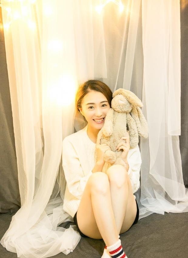 Guanlin (Wanna One) bị bóc tơi bời liên hoàn phốt: Khạc nhổ bừa bãi, lộ cả danh tính bạn gái sống chung hơn 10 tuổi? - Ảnh 9.