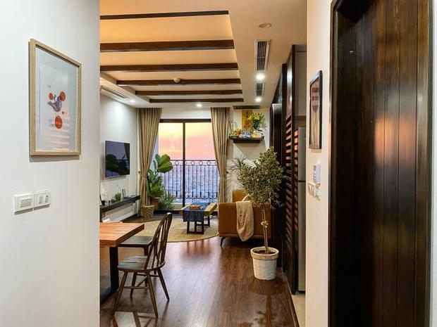 Ra riêng, chàng trai mua căn hộ 77m2 cực chóng vánh, quyết định đập thông 2 căn phòng để rộng rãi nhất có thể - Ảnh 1.