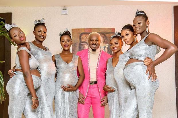 Đi đám cưới bạn, người đàn ông dắt theo 6 cô người yêu, cô nào cũng bầu vượt mặt chiếm hết spotlight của quan viên 2 họ - Ảnh 2.