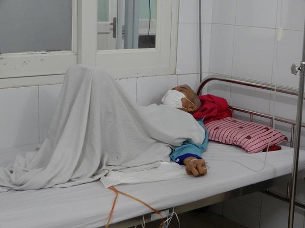 Đà Nẵng: Số ca mắc bệnh do vi khuẩn ăn thịt người Whitmore nhập viện tăng mạnh, 2 bệnh nhân tử vong - Ảnh 2.