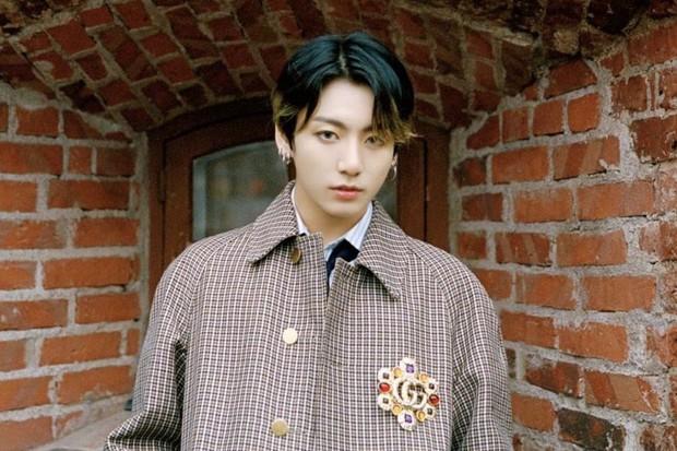 Jungkook - nam idol có sự nghiệp thành công nhất Kpop: Đi từ số âm cùng BTS thời còn teen, sau 8 năm thâu tóm mọi danh hiệu và hơn thế nữa - Ảnh 3.
