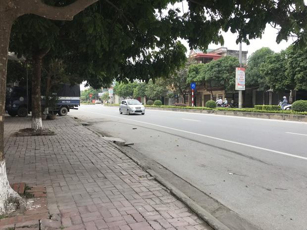 Vụ Thanh tra giao thông tông chết nữ lao công: Tôi mất vợ, 2 con mất mẹ, gia đình tôi còn gì nữa đâu - Ảnh 2.