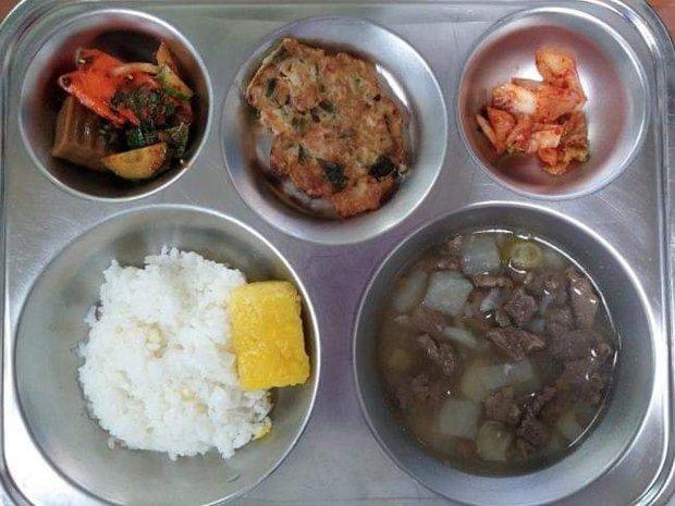 Những suất cơm canteen của học sinh Hàn Quốc: Giá thành rẻ, nhìn đơn giản nhưng chế độ dinh dưỡng hàng top thế giới - Ảnh 9.