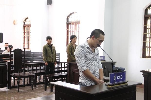 Kẻ lưu manh chiếm đoạt 100 triệu đồng của góa phụ Rào Trăng nhận bản án thích đáng - Ảnh 1.