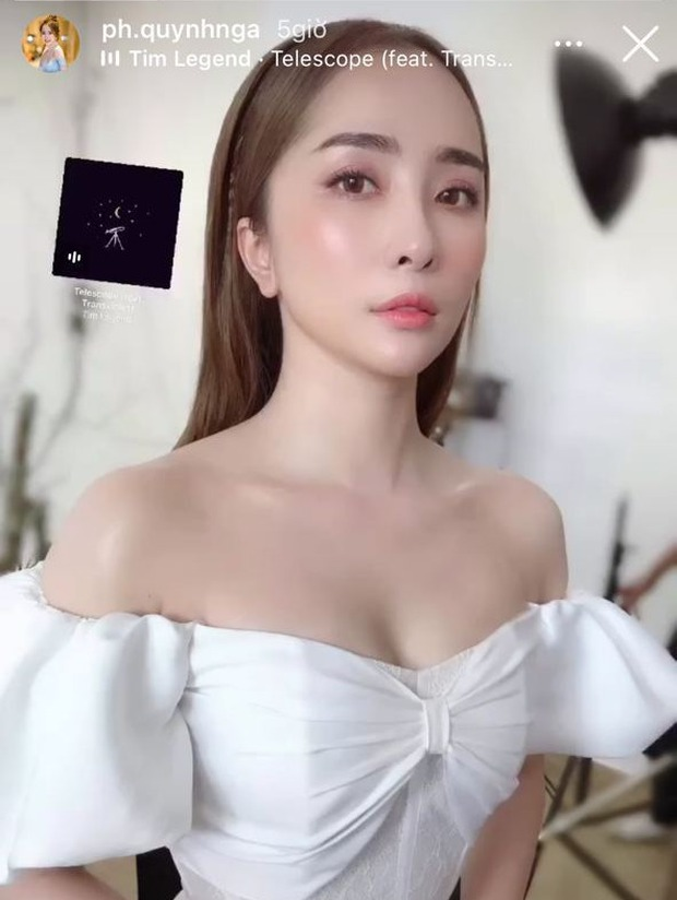 Hội sao Hà thành đọ visual tại đám mời cưới MC Thu Hoài: Phanh Lee đẹp chuẩn phu nhân hào môn, Việt Anh bất ngờ giữ khoảng cách với Quỳnh Nga - Ảnh 4.