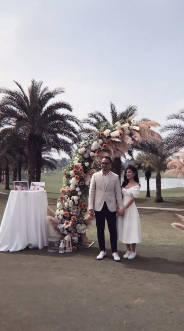 Việt Anh, cá sấu chúa Quỳnh Nga, Phanh Lee và hội bạn bè nổi tiếng quy tụ trong tiệc mời cưới của MC Thu Hoài - Ảnh 3.