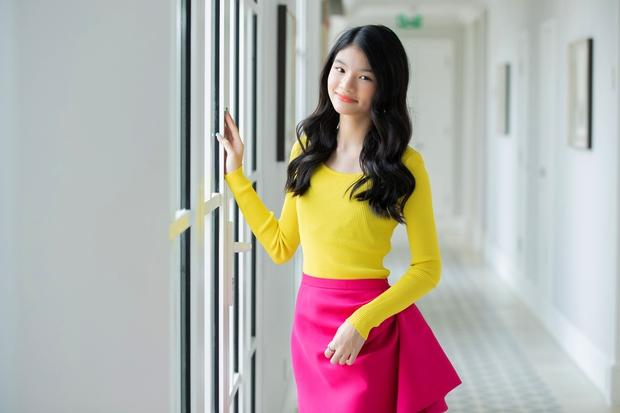 Con gái Trương Ngọc Ánh bùng nổ visual trong bộ ảnh sương sương, mới 12 tuổi đã sở hữu đôi chân dài miên man - Ảnh 7.