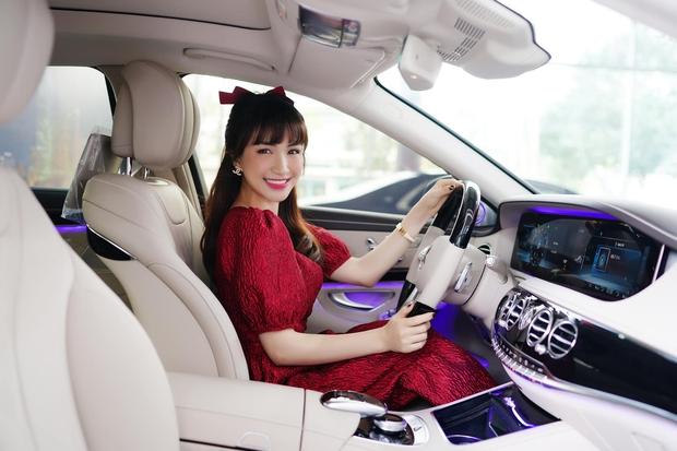"""Hoà Minzy hào hứng tậu """"con Mẹc"""" 5 tỷ đồng, thiếu gia Minh Hải liền có động thái chúc mừng với cách gọi gây chú ý - Ảnh 6."""