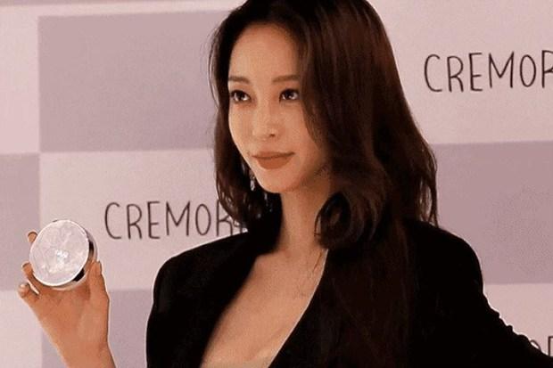 Dàn tuyệt sắc mỹ nhân Kbiz ngoài đời: Han Ga In, Jeon Ji Hyun cũng phải chịu thua chị đại vạn người... sợ Kim Hye Soo! - Ảnh 18.