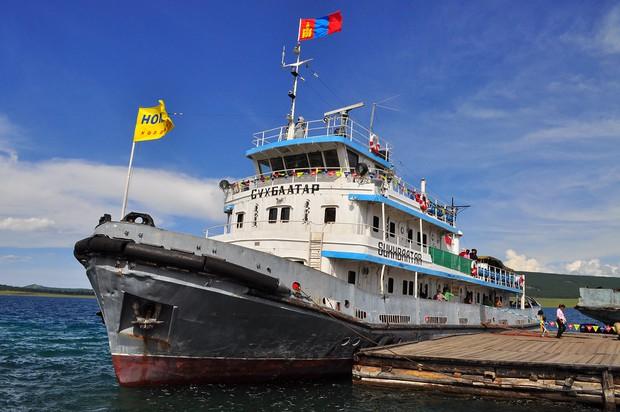 Sự thật về hải quân Mông Cổ: 7 người lính nhưng chỉ 1 đồng chí biết bơi, 4 tàu chiến 30 năm nằm im trong... hồ - Ảnh 4.