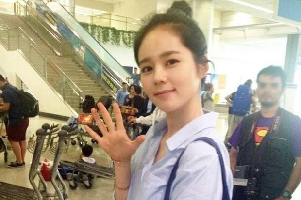 Dàn tuyệt sắc mỹ nhân Kbiz ngoài đời: Han Ga In, Jeon Ji Hyun cũng phải chịu thua chị đại vạn người... sợ Kim Hye Soo! - Ảnh 25.