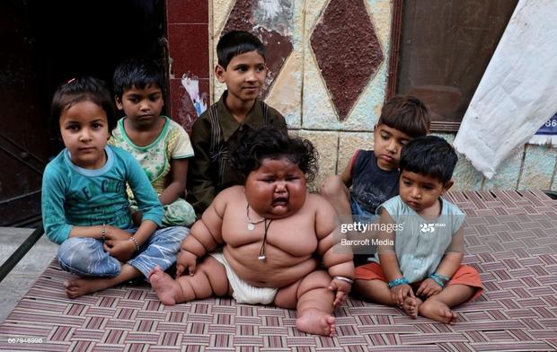 Bé gái béo nhất thế giới 8 tháng tuổi đã nặng gần 20kg, từng khiến truyền thông thế giới phải ngỡ ngàng 3 năm trước giờ ra sao? - Ảnh 2.