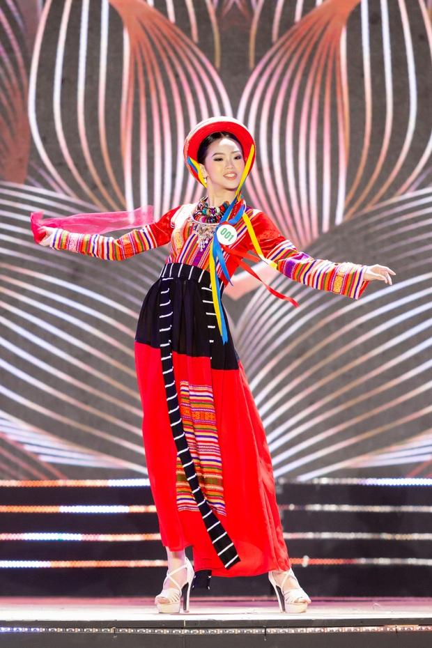 Bán kết Hoa khôi Du lịch Việt Nam 2020: Khánh Ngân đầy gợi cảm, Top 30 trình diễn ấn tượng trang phục dân tộc lạ mắt - Ảnh 8.