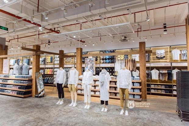 Flagship store MUJI Sài Gòn chính thức mở cửa: 1001 góc sống ảo, ngoài tốn tiền thì còn tốn thêm cả pin điện thoại vì chụp hình mệt nghỉ! - Ảnh 12.
