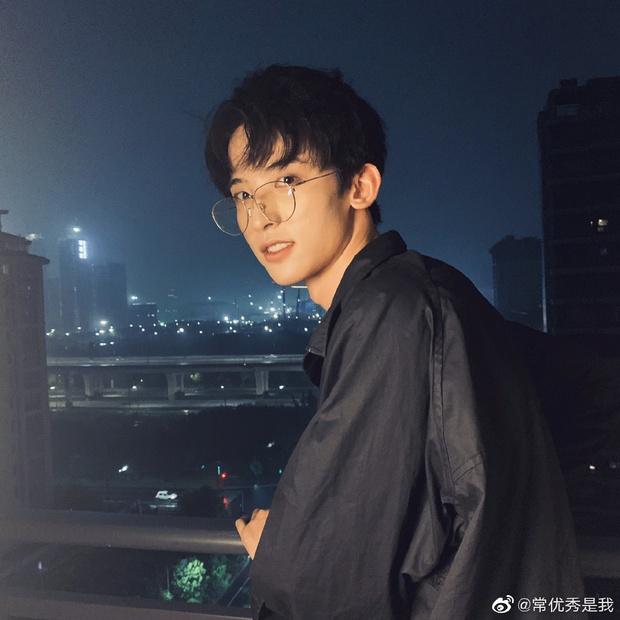 Thanh Xuân Có Bạn 3 chưa lên sóng nhưng đã có 2 mỹ nam gây bão: Thực tập sinh SM, vừa soái vừa cute khiến fan đổ đứ đừ - Ảnh 19.