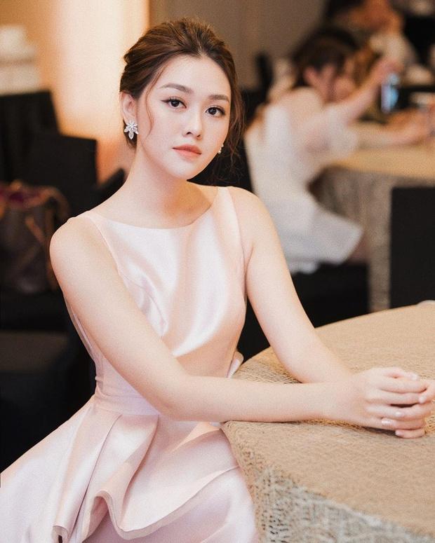 Hé lộ lý do đằng sau việc Á hậu Tường San kết hôn ở tuổi 20 và còn đang trong nhiệm kỳ - Ảnh 3.