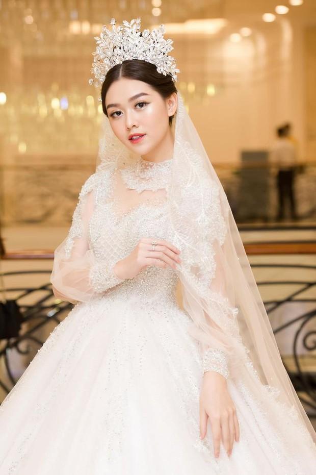 Hé lộ lý do đằng sau việc Á hậu Tường San kết hôn ở tuổi 20 và còn đang trong nhiệm kỳ - Ảnh 6.