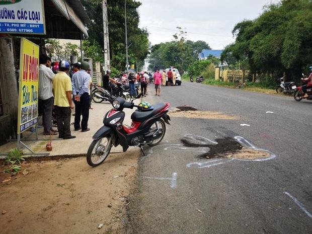 Clip: Khoảnh khắc 2 nữ sinh bị xe tải tông tử vong thương tâm trên đường đi học khiến nhiều người kinh hãi - Ảnh 3.
