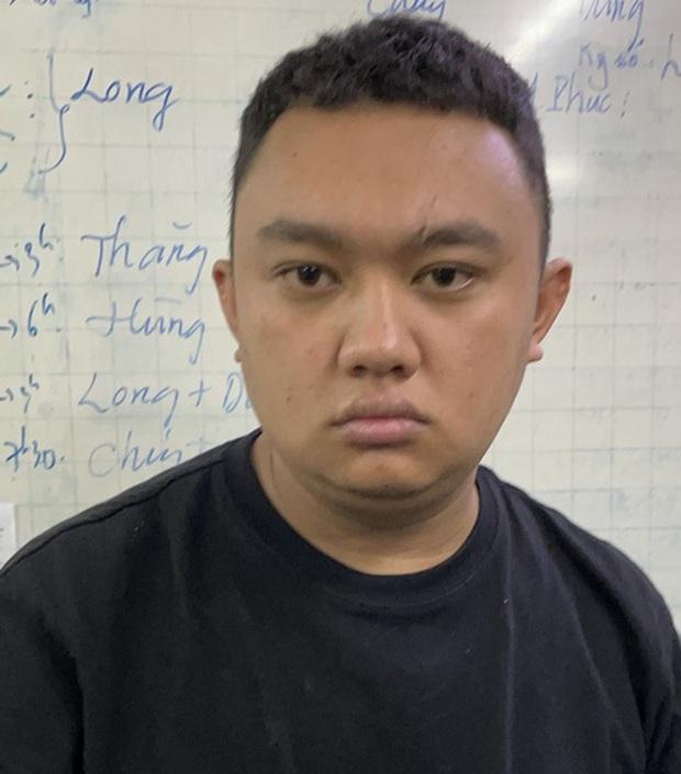 Lừa mượn 2,5 triệu đồng của tài xế Grab để lấy đồ, gã thanh niên đi vào Trung tâm thương mại Saigon Center rồi tẩu thoát - Ảnh 1.