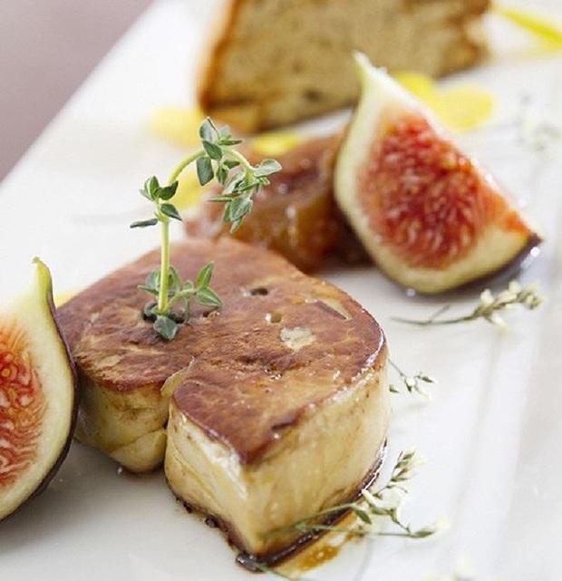 Súp vi cá mập, gan ngỗng, sushi cá ngừ xanh, liệu con người có thấu nỗi đau ai oán mà loài vật phải chịu đựng để cho ra ẩm thực tinh hoa? - Ảnh 14.