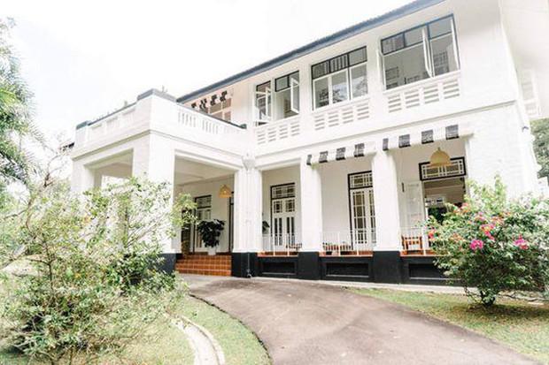 Thu Minh bóc tem biệt thự cổ 80 tuổi của Bằng Lăng ở Singapore, càng nhìn càng choáng ngợp! - Ảnh 8.