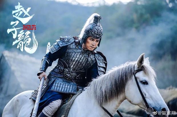 Sau ầm ĩ anti cung Xử Nữ, Hạ Quân Tường tái xuất làm mãnh tướng đẹp hút mắt ở trailer Triệu Tử Long - Ảnh 5.