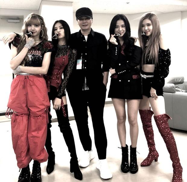 Yang Hyun Suk từng giúp đỡ girlgroup ngoài YG, lí do vô cùng nghĩa tình nhưng nhóm nữ đến nay vẫn chỉ bán được... 14 album - Ảnh 1.