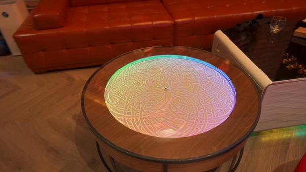 Độ Mixi khiến fan ngất ngây khi khoe chiếc bàn cực vi diệu, giá sương sương gần 50 triệu đồng, nhưng nguồn gốc mới là điều bất ngờ! - Ảnh 9.