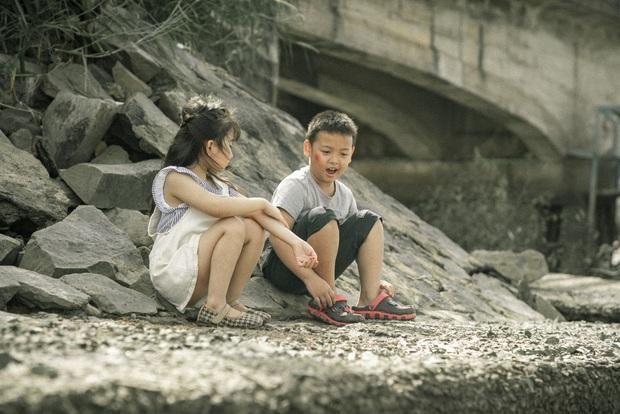 Hoài Lâm ra MV ballad cuối cùng với dàn cameo BB Trần, Khổng Tú Quỳnh, Huy Khánh nhưng muốn thấy nhân vật chính thì không có đâu! - Ảnh 2.