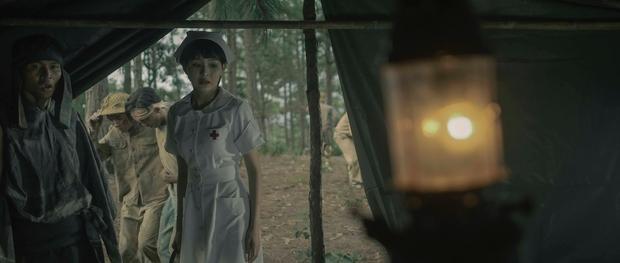 Gặp Nhưng Không Ở Lại của Hiền Hồ: Câu trả lời về vị trí của MV ballad drama giữa cơn bão rap Việt - Ảnh 11.