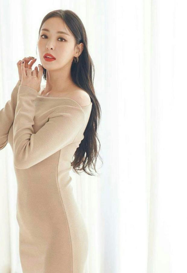 Top mỹ nhân màn ảnh sở hữu vòng eo nhỏ nhất xứ Hàn: Han Ye Seul - Na Eun, điên nữ Seo Ye Ji còn choáng hơn - Ảnh 16.