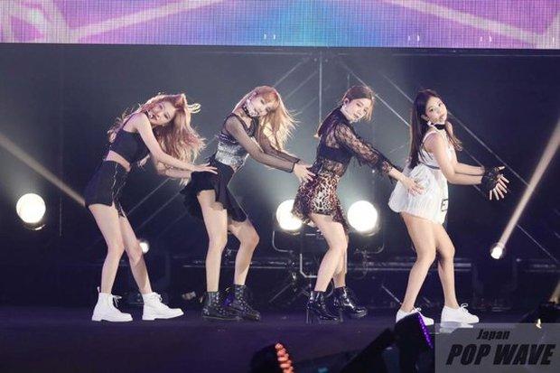 Tưởng là công chúa YG được biệt đãi, ai dè Jennie cũng 5 lần 7 lượt bị dìm đến mức như tàng hình giữa BLACKPINK - Ảnh 8.