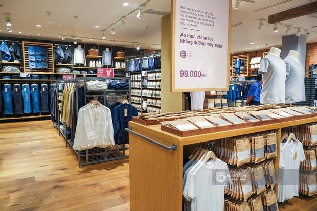 Quần áo tại MUJI Việt Nam: Chất vải rất ổn nhưng mẫu mã đơn điệu, không ít món khiến mình tụt mood - Ảnh 3.