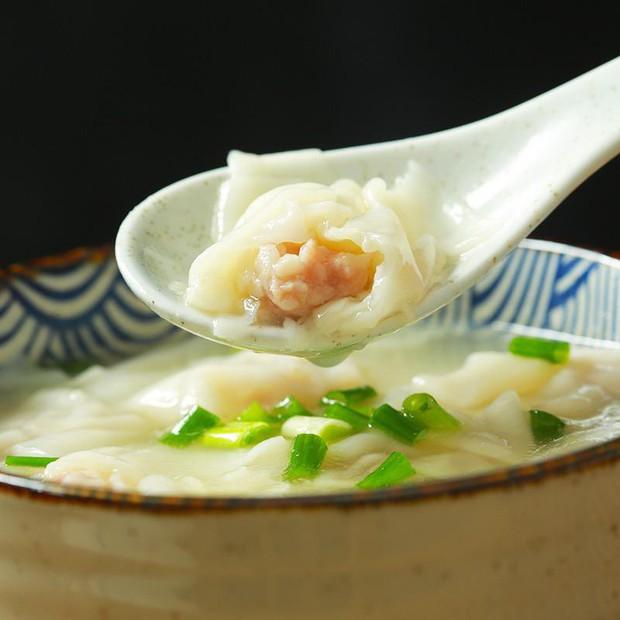 Bỏ 50K nhận được sự thật bất ngờ về món sủi cảo ăn liền nội địa Trung đang cực hot: Cú sốc về hương vị thật sự như thế nào? - Ảnh 2.