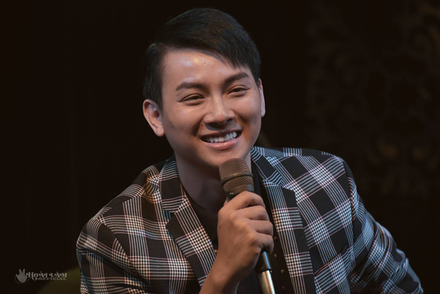 Hoài Lâm ra MV ballad cuối cùng với dàn cameo BB Trần, Khổng Tú Quỳnh, Huy Khánh nhưng muốn thấy nhân vật chính thì không có đâu! - Ảnh 6.