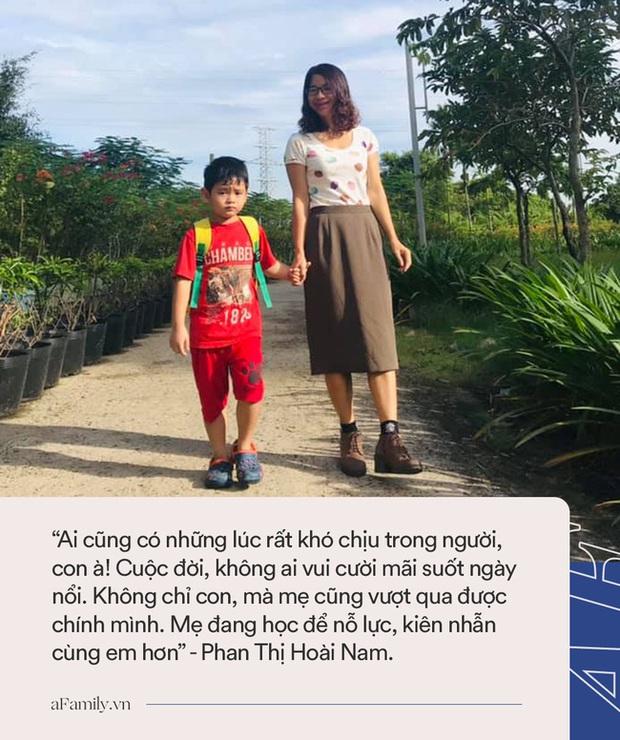 Con trai 5 tuổi đi học quậy phá bị cô đuổi ra khỏi lớp, người mẹ có cách xử lý cực đỉnh, chỉ sau 1 đêm con ôm cổ cảm ơn rối rít - Ảnh 3.